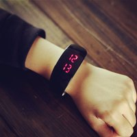 animal watch band - 2016 New Arrival Unisex Dolphin Candy Color LED Luminous Digital Silicone Band Casual Sports Wrist Watches Bangle Bracelets