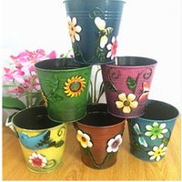 Wholesale High Quality Three dimensional applique metal bucket rustic flower barrels home decoration Europe Tabletop vase