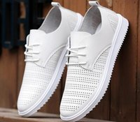 al por mayor hombres nuevos zapatos de la manera de las sandalias-Versión coreana de los nuevos hombres de moda hueca sandalias Inglaterra tendencia de los zapatos ocasionales respirables