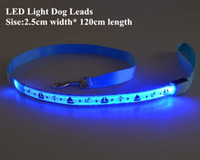 cordon de lumière achat en gros de-D49 Livraison gratuite Nouveau LED Light Dog conduit 2.5cm de largeur 120cm longueur chien de compagnie LED Leashes pet dog Drawstring