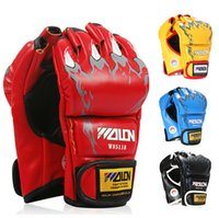 Wholesale 2PCS New Grappling MMA Gloves PU Punching Bag Boxing Gloves W85118 Black White Red Blue W Five Colors