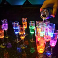 Wholesale LED lighting glow cup Liquid Active drinking glass decoration plastic led flash champagne glass