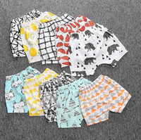 Wholesale Baby Ins Pp Pants Ins Shorts Toddler INS Leggings Bee Panda Cropped Trousers Zoo Summer GeometricHarem Pants Animal Print Brand Shorts E4