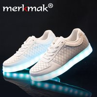 Lace-Up amazing points - Super Amazing Cool High quality Led Shoes Men Women Fashion Light Up Casual Shoes Adults Colors Glowing Outdoor led light shoe