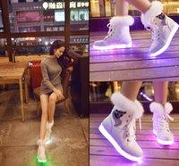 NOUVEAU plat chaussures casual femme Luminous LED lumière chaussure fluorescent lampe LED coloré neige bottes lapin cheveux USB de charge