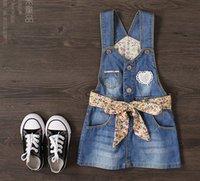 los vestidos de los niños 2016 nuevo estilo vaquero liga del vestido de la muchacha de la ropa de las muchachas de flor ropa de niños se visten las niñas faldas de los guardapolvos de mezclilla de moda
