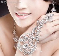 accessories distributors - Bright Costume Jewellery Bridal Bracelets Wedding Accessories Distributor for Jewelry Stores CN047