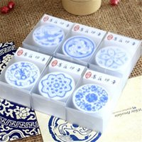 arts and crafts rubber stamps - 2016 NEW Blue And White Porcelain Floral Pattern Wooden Rubber Stamps DIY Card Art Craft Scrapbooking Round Stamp