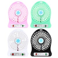 Wholesale USB mini fan snow USB battery summer student dormitory outdoor fan is easy to carry