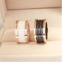 Wholesale Size New Arrival High Quality Rose Gold K Gold Plated Titanium Steel Band Ring Black White Ceramic Thread Ring Couples Jewelry