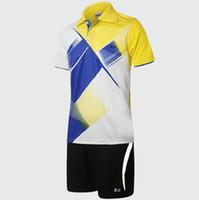 Wholesale Lightweight badminton sets Striped shirt Man short sportwear tennis exercise clothing Run sport wear