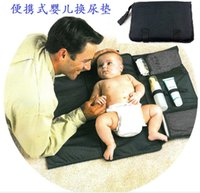 Wholesale Taiwan hot portable baby pad of foreign trade for travel across a waterproof baby diaper pad on behalf of