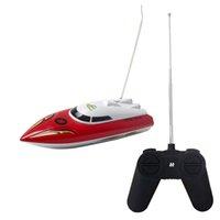al por mayor nave del rc-Venta al por mayor-2015 RC agua del barco de juguete de alta velocidad de barco rápido modelo de escala de la velocidad del barco de radio Quitar Control de mosquito de embarcaciones de los niños de juguete de bebé Brinquedo