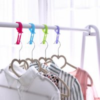 Wholesale new household helper candy colorful practical home outdoor travel laundry hooks hanging clips Hanger windproof clothesclips