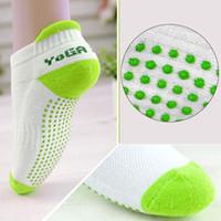 Wholesale Women Fitness Women Professional Yoga Socks Anti Slip Rubber Dots Sports Indoor Exercise Socks Latex Pilates Socks