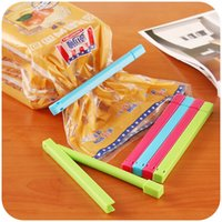 Wholesale Home kitchen Small tools High quality Plastic Sealing clamp Bag clip Candy color B512