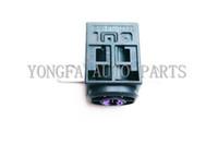 Wholesale Preto Bateria Caixa de Fusíveis Fusível Viagem de Proteção Contra Sobrecarga Para For Audi A3 A4 A6 A7 A8 Q5 Q7 TT F0 F0915519