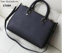 Wholesale 2017 New Ladies Genuine Leather Handbag and vintage postman handbag Shoulder bag Bucket bag