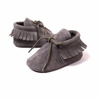 baby cribs girls - Newborn Baby Boy Girl Baby Moccasins Soft Moccs Shoes Bebe Fringe Soft Soled Non slip Footwear Crib Shoes PU Suede Leather NEW