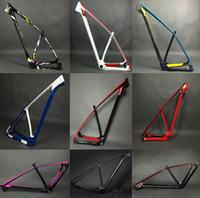 Precio de Marcos de carreras-2017 Luz estupenda solamente 950g marco de la bici de montaña del carbón 142/135 marcos del mtb del carbón 29er / 27.5er 650b que compiten con el conjunto de la bicicleta