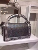 Wholesale Classic noble fashion pearl fish skin lady chain chain Messenger bag