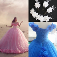 Ball Gown baby bones - 2017 Quinceanera Dresses Baby Pink Ball Gowns Dresses Off the Shoulder Corset Prom Dresses With Hand Made Flowers Free Hair Accessories