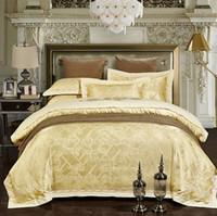 al por mayor reina edredón de color amarillo-Juego de cama de lujo conjuntos de sábanas de Jacquard Oro amarillo cubierta de edredón conjunto de sábanas bordadas de sábanas cama en una bolsa King Queen tamaño 4pcs