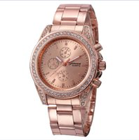 Wholesale 4 Colors Luxury Watch Man Fashion Casual Stainless Steel Geneva Watch Gold Silver High End Business Mens Crystal Watch for Mens Womens