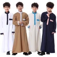 Wholesale 2017 Fashion Muslim Boy Prayer clothes Traitional Middle East Arabic Men RobeThobe Islamic long shirt robe