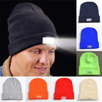Wholesale Fashion LED Light Sports Beanie Cap Winter Warm Beanies Hat Angling Hunting Camping Running Hats Unisex Beanies Cap