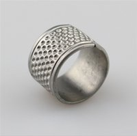 Wholesale New Sytyle Home Thimble Sewing Thimble Ring Set Of Ring Thimble DIY Needle Threaders Protect Fingers Suits