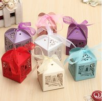 Wholesale Effiel Tower Pattern Ribbon Laser Cut Hollow Out Wedding Candy Box Gift Chocolate Storage