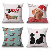 Wholesale Merry Christmas Festival Dachshunds Wiener Sausage Dog Cushion Covers Cute Dogs Pillow Cover Decorative Sofa Linen Beige Pillow Case Present