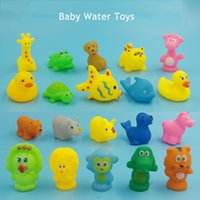 Rubber bath set for kids - Small Yellow Duck Rubber Animal Water Toys Kid Bath Toy For Baby Soft Floating Squeaky Toy Cute Bathroom Water Play Swimming Pool Toys