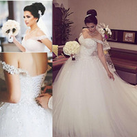Wholesale Hot Sale Sweetheart Off the Shoulder Crystal Beadings Layers Tulle Custom made Ball Gown Arabic Style Wedding Dresses E0100