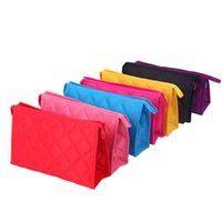 Wholesale Woman Rhombus Design Zip Closure Make Up Cosmetic Bag Pocket With Mirror Can Customize Colors Small Size