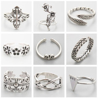 Wholesale 2017 New Rings Unisex Jewelry Vintage Silver Cross Flower Feather Design Rings For Women Party Jewelry Gift