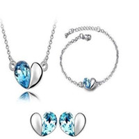 Wholesale Fashion Austrian Crystal Heart Pendant Necklace Earrings for Girls And Bracelet Woman Jewelry Set Fashion Jewelry Sets