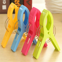 Wholesale Strong wind sheets clips clip thick sheets big clips curtains Quilt with cotton wadding Drying clips home