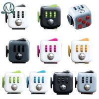 Wholesale MQ Mini Fidget Cube Toy Vinyl Desk Finger Toys Squeeze Fun Stress Reliever cm High Quality Antistress Cubo