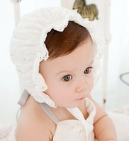 Wholesale Newborn Baby Princess Hollow Out Baby Girl Hat Summer Lace up Beanie Lace Embroidered Bows Bonnet Enfant for M Kids Aulic Floral Bonnet