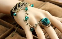 Wholesale Gothic Retro Vintage Lace Flower Charm Bracelet With Finger Ring Bridal Marriage Jewelry Wristband bronze Bridal Gloves women statement