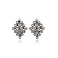 Wholesale Wuji Fashion Clip Earrings Mexican New Design Full Rhinestones Earring Ladies Clear Crystal Clip on Earring Screw Back Ear Accessories