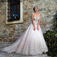 bedding pictures - 2017 New Luxury Wedding Dresses Sweetheart Major Bedding Appliques Beaded Crystals Sweep Train Elegant Bridal Gowns Vestidos De Noiva