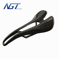 Wholesale carbon seat saddle carbon saddle mountain bike and road bike T700 k glossy g g cheap factory price customized