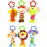 Jeux de chiens pour enfants Prix-Vente en gros - 1 * 0-3 ans Baby Rattle Hand Bell Toys pour enfants 6 Style Bird Chicken Lion Dog Animal Plush Happy Monkey Kids Fun Game Gifts
