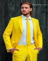 achat en gros de costumes d'affaires jaunes-Custom Made Fashion Groom Tuxedos Yellow One Button Notch Lapel Hommes Costumes Homme Business Casual Solid Color (Jacket + Pants + cravate)