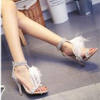 Perle chaussures de mariage à bout ouvert Avis-Pearl strass chaussures de mariage de plumes talons nuptiales Party Shoes 6/8 / 10cm avec Pearl Strap ouvert talon haut talon avec haute qualité