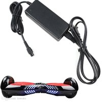 achat en gros de electric scooter battery charger-Hoverboard Chargeur pour scooter Chargeur universel Chargeur de batterie pour scooter électrique table à puce intelligente Hoverboards US UK AU EU Plug DHL