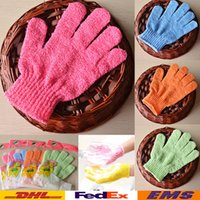 Wholesale Bathing Gloves Five Fingers Scrubber Exfoliating Massage Body Spong Bath Gloves Mitt SPA Foam Bath Glove Tools Gifts WX G09